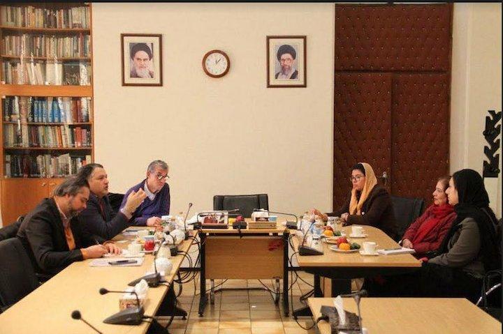 مدیرعامل بنیاد سینمایی فارابی و سفیر جمهوری اسلامی پاکستان در ایران در دیدار با یکدیگر