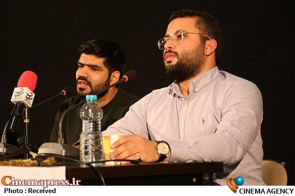 علی طادی، کارگردان مستند «هاشمی زنده است» در نشست خبری این اثر در جشنواره عمار