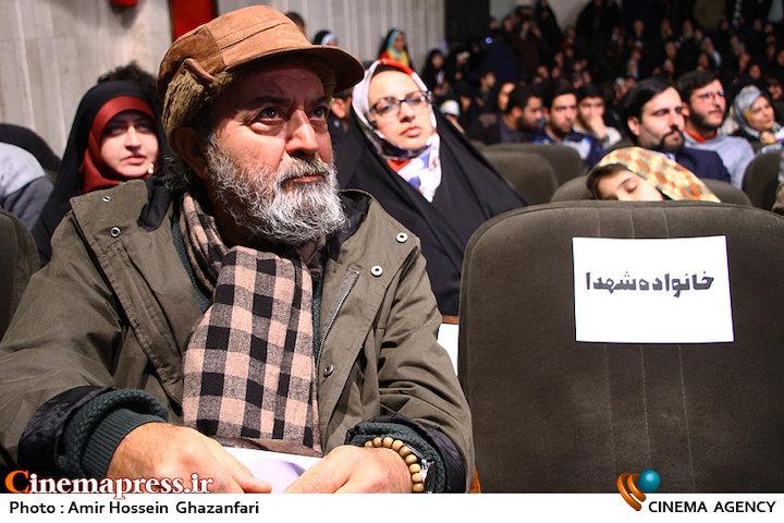 سیروس مقدم در مراسم اختتامیه نهمین جشنواره مردمی فیلم عمار