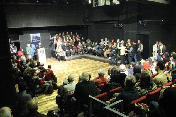 گردهمایی اهالی تئاتر در خانه تئاتر برای پیگیری مشکلات صنفی