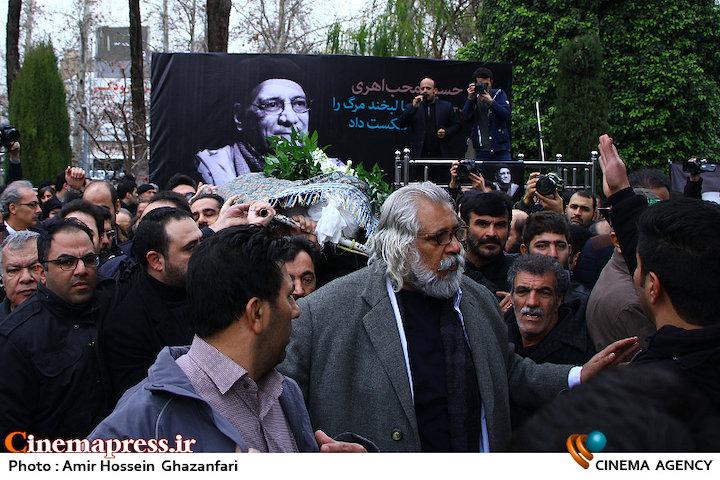 عکس/ مراسم تشییع پیکر مرحوم «حسین محب اهری»