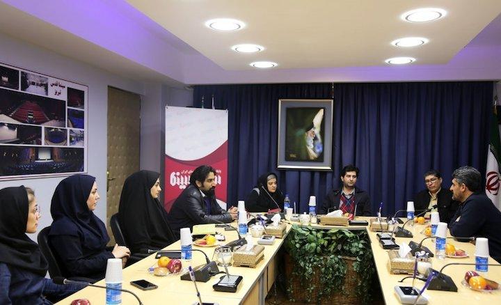 سومین نشست «گفتمان فرهنگی انقلاب» با موضوع «جشنواره فیلم فجر؛ فرصتها و تهدیدها»