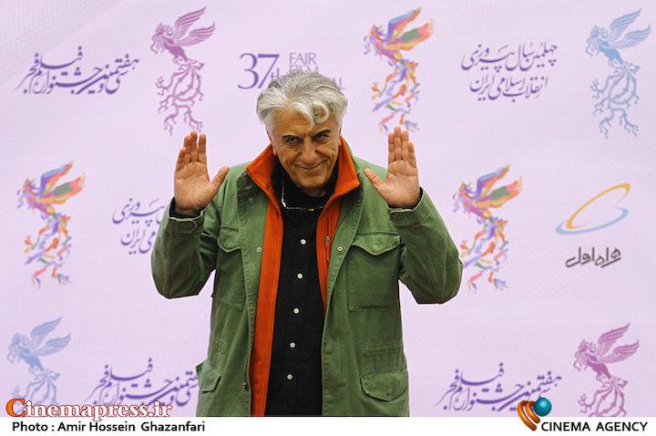 رضا کیانیان در افتتاحیه سیوهفتمین جشنواره فیلم فجر