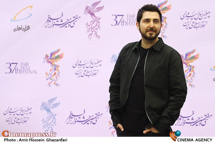 محمدرضا غفاری در افتتاحیه سیوهفتمین جشنواره فیلم فجر