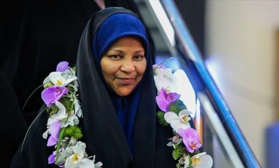 مرضیه هاشمی به هنگام ورود به ایران