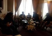 حضور وزیر ارشاد در منزل مشایخی
