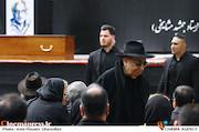 بهمن فرمان آرا در مراسم تشییع پیکر مرحوم «جمشید مشایخی»