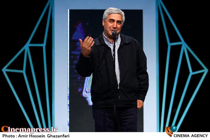 ابراهیم حاتمی کیا در مراسم چهره سال هنر انقلاب اسلامی