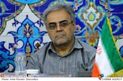 ناصر باکیده در نشست خبری پنجمین جشنواره فیلم و عکس فناوری و صنعتی