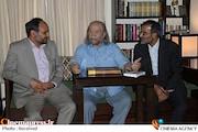 دیدار سرپرست فرهنگستان هنر و رئیس گروه نمایش و ادبیات نمایشی با محمدعلی کشاورز