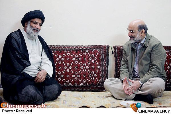 دیدار نماینده ولی فقیه در استان خوزستان با رئیس رسانه ملی