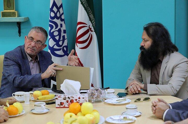 حضور  رئیس دانشگاه البیان بغداد در مرکز هنرهای نمایشی حوزه هنری