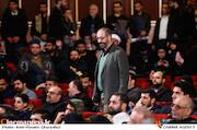 محسن مومنی شریف در مراسم اختتامیه دهمین جشنواره مردمی فیلم عمار