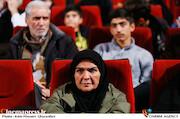 انسیه شاه حسینی در مراسم اختتامیه دهمین جشنواره مردمی فیلم عمار