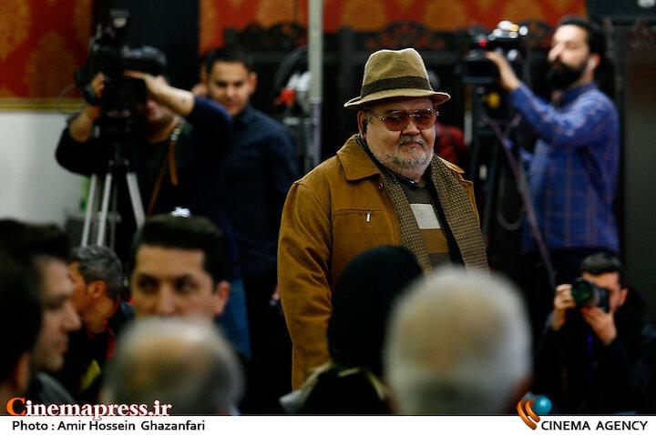 اکبر عبدی در سیزدهمین شب منتقدان و نویسندگان سینمای ایران