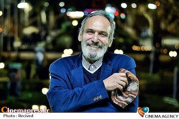 رویای نسل ما این بود که کژی های پیش از انقلاب پاک شود و فیلم فارسی وجود نداشته باشد/اماالان اینطور که پیش می رود ما باید دو سال دیگر با ادبیات لاتی با یکدیگر صحبت کنیم