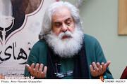 محمد رحمانیان در نشست خبری نمایش «روزهای رادیو»