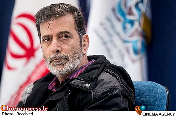 جماعت تئاتری انسانهای شریفی هستند/نیروهای اصیل تئاتری در فقر شدیدی به سر میبرند