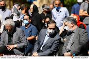 سیدعباس صالحی، حسین انتظامی و منوچهر شاهسواری در مراسم تشییع پیکر مرحوم «محمدعلی کشاورز»
