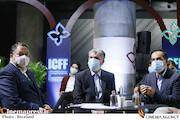 حسین انتظامی ، سیدعباس صالحی و علیرضا تابش در مراسم اختتامیه سی و سومین جشنواره بینالمللی فیلمهای کودکان و نوجوانان