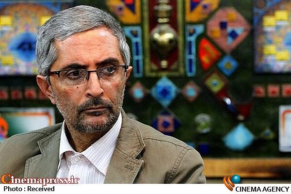 سلطان محمدی: سبک زندگی که در آثار نمایش خانگی ترویج می شود کمترین قرابتی با جامعه ندارد/ سازندگان به جای اصلاح مسیر غلط شان به تحریک افکار عمومی روی آورده اند!