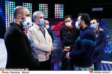 عکس / بازدید مدیر شبکه «نسیم» از پشت صحنه مسابقه تلویزیونی«شوتبال»