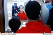 گریم حامد آهنگی در پشت صحنه مسابقه تلویزیونی«شوتبال»