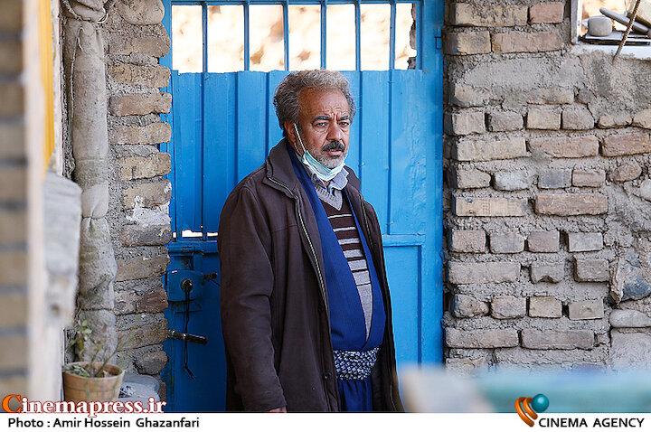 سعید آقاخانی در پشت صحنه سریال «نون خ ۳»