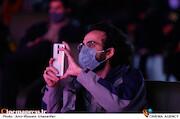بهرام ارک در مراسم اختتامیه سی و هفتمین جشنواره بینالمللی فیلم کوتاه تهران