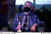 امیر لطفیان در مراسم اختتامیه سی و هفتمین جشنواره بینالمللی فیلم کوتاه تهران