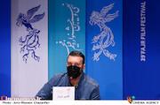 کامبیز دیرباز در نشست خبری فیلم سینمایی«تک تیرانداز»