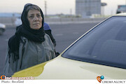 «مام وطن» از کاریکاتوری تا دیکتاتوری!/ ترسیم اضمحلال سبک زندگی ایرانی با بودجه های حمایتی سازمان سینمایی کشور