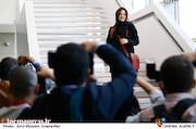 گلاره عباسی در چهارمین روز سی و هشتمین جشنواره جهانی فیلم فجر