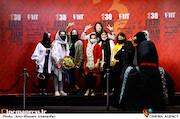 طرفداران بهرام افشاری در پنجمین روز سی و هشتمین جشنواره جهانی فیلم فجر