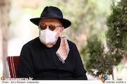 بهمن فرمانآرا در مراسم تشییع پیکر زندهیاد «فرشته طائرپور»