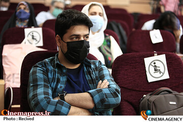 اشکان رهگذر در مراسم افتتاحیه پنجمین المپیاد فیلمسازی نوجوانان ایران