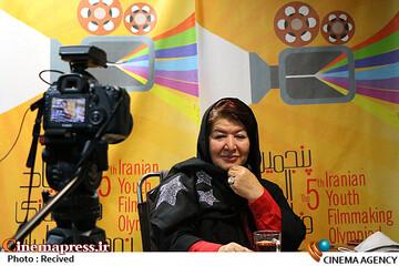پوران درخشنده در چهارمین روز سیوچهارمین جشنواره بینالمللی فیلمهای کودکان و نوجوانان