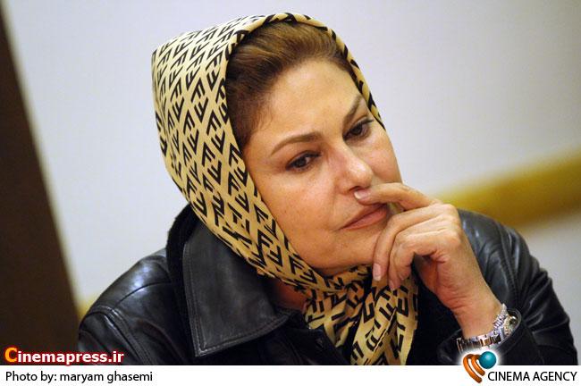 مهرانه مهین ترابی در نشست مجموعه تلویزیونی«زمانه» به کارگردانی حسن فتحی