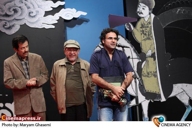 تقدیر از حسن نقاشی در پنجمین جشن مستقل سینمای مستند