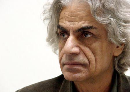 مرور و نقدی بر اشعار علی باباچاهی
