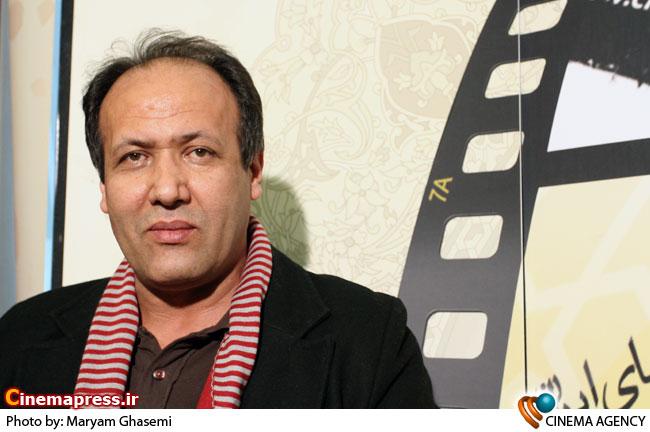 کاظم راست گفتار درغرفه خبرگزاری سینمای ایران در جشنواره فیلم فجر