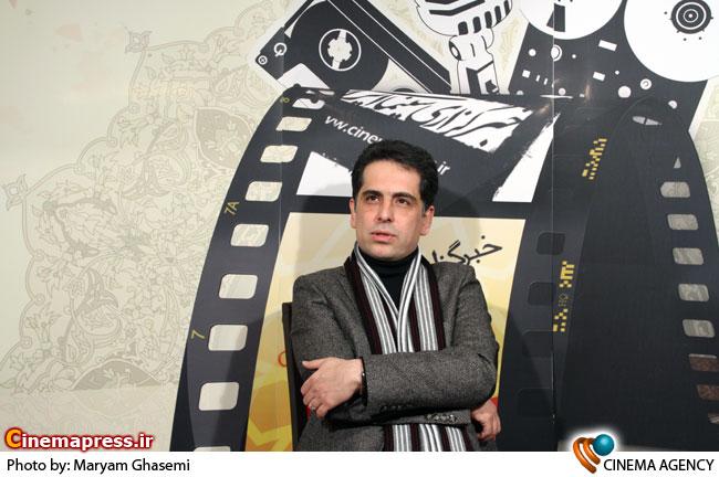 بهزاد عبدی درغرفه خبرگزاری سینمای ایران در جشنواره فیلم فجر