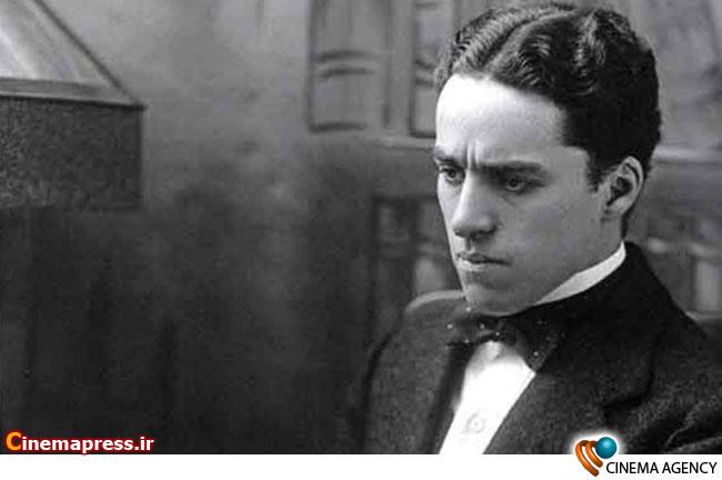 چارلی چاپلین اسطوره سینمای صامت در جوانی