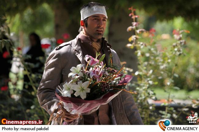 حامد میرباقری در نمایی از  مجموعه تلویزیونی «یلدا» به کارگردانی حسن میرباقری