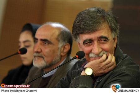 همایون اسعدیان و منوچهر محمدی در نشست فیلم بوسیدن روی ماه در سی امین جشنواره فیلم فجر