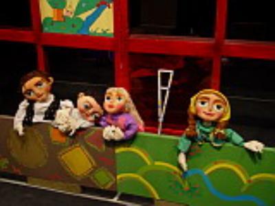 کارگاه عروسک سازی