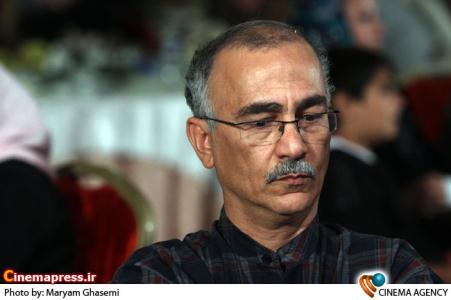 پرویز شیخ طادی کارگردان در مراسم اختتامیه نخستین جشنواره فیلم های ویدئویی تهران