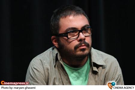 پوریا آذربایجانی کارگردان در نشست خبری فیلم سینمایی «تجریش ناتمام»