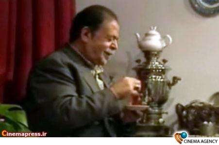 محمد علی کشاورز در نمایی از سریال پدرسالار در آستانه هشتادو یکمین سال تولدش