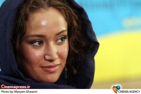 بهاره افشاری بازیگر در نشست خبری فیلم پایان نامه